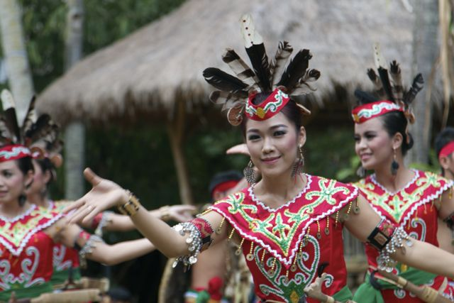 We also got to see a traditional war dance from Palangkaraya, the capital of central Borneo.